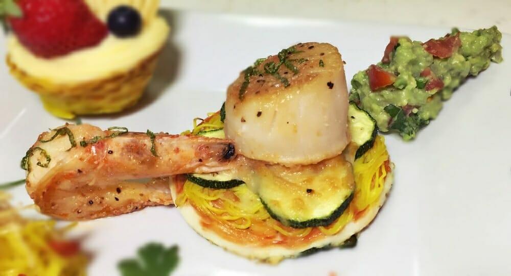 薑黃麵線料理食譜-焗烤櫛瓜薑黃麵線煎餅佐墨西哥酪梨醬檸檬椒鹽干貝蝦 - 1