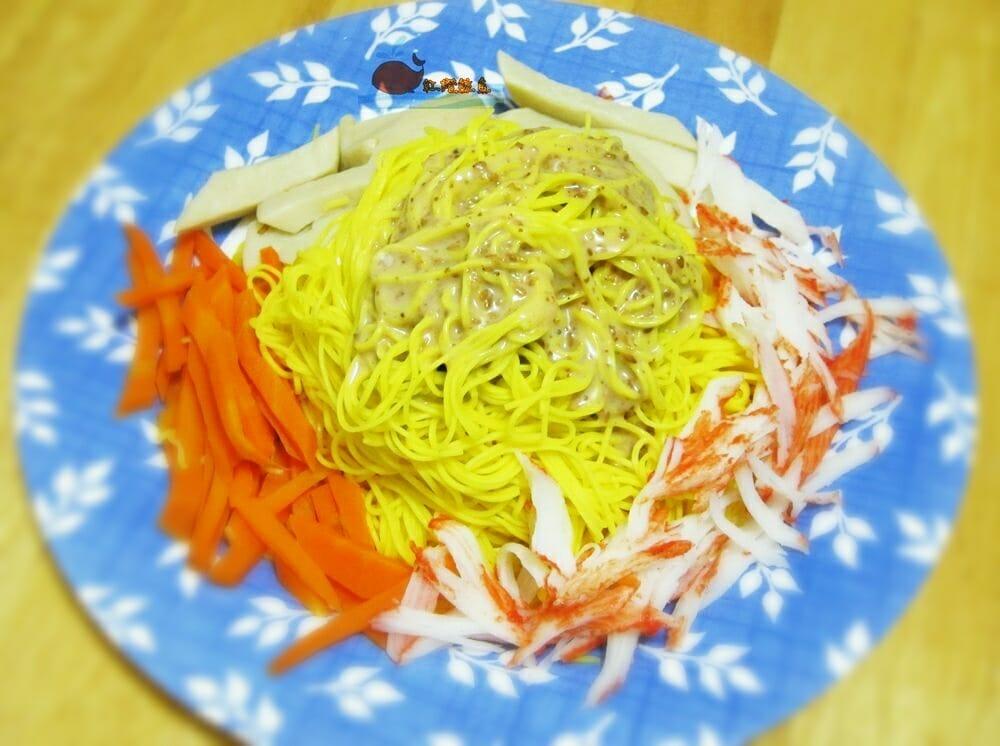 薑黃麵線料理食譜-胡麻醬拌薑黃麵線 - 1