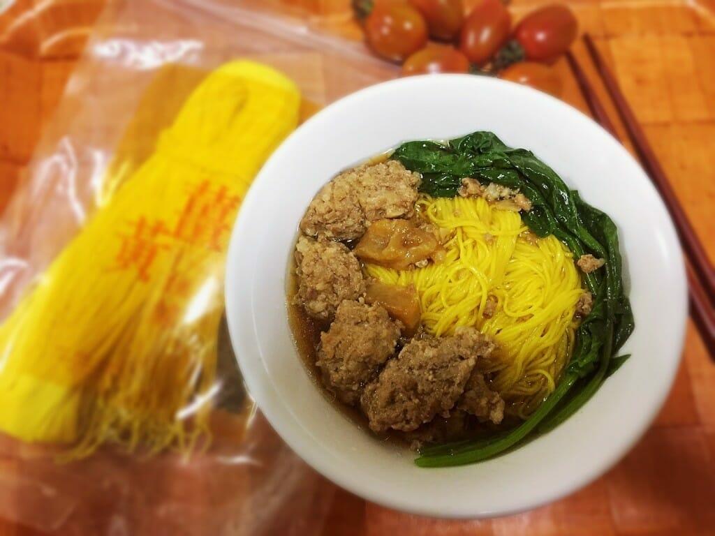 薑黃麵線料理食譜-古早味蔭瓜肉丸子麵線 - 1