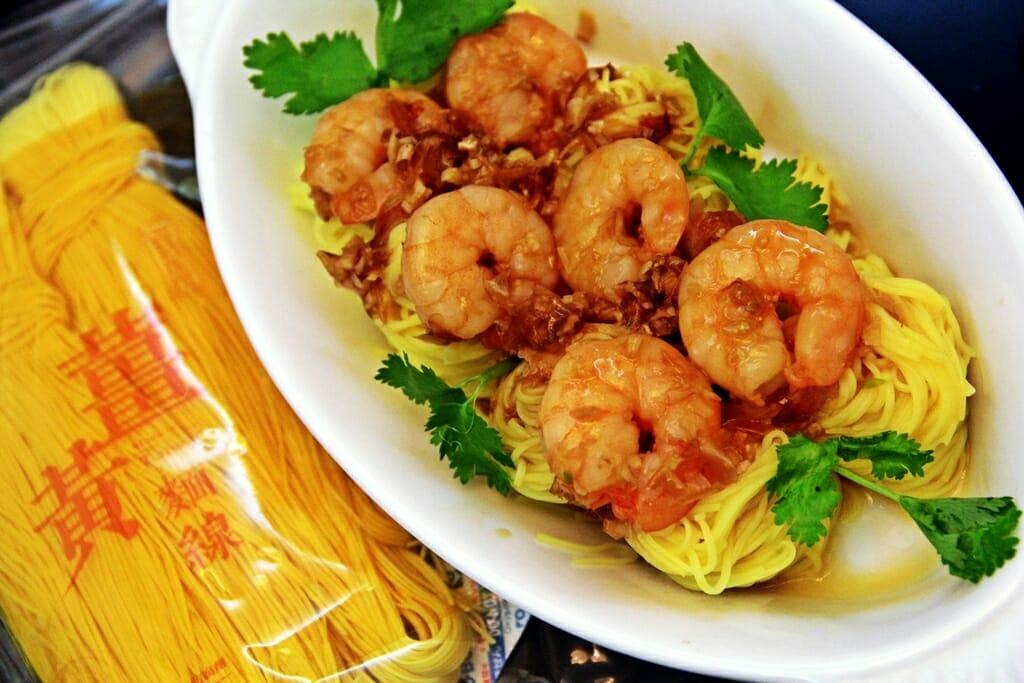 薑黃麵線食譜料理-蠔油蝦仁燴薑黃麵線 - 1