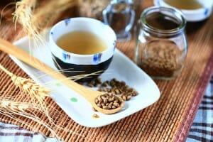 三風麵館-中秋節健康烤肉小撇步-喝甘香小麥茶