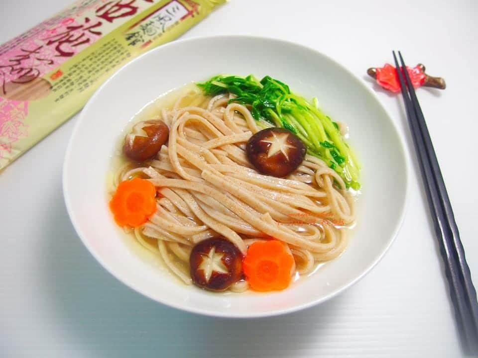 三風麵館Mayli chen 的簡單煮藝-滴雞精西施麵