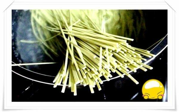 爽口抹茶涼麵DIY 簡單又美味的日式抹茶麵食譜 - 7